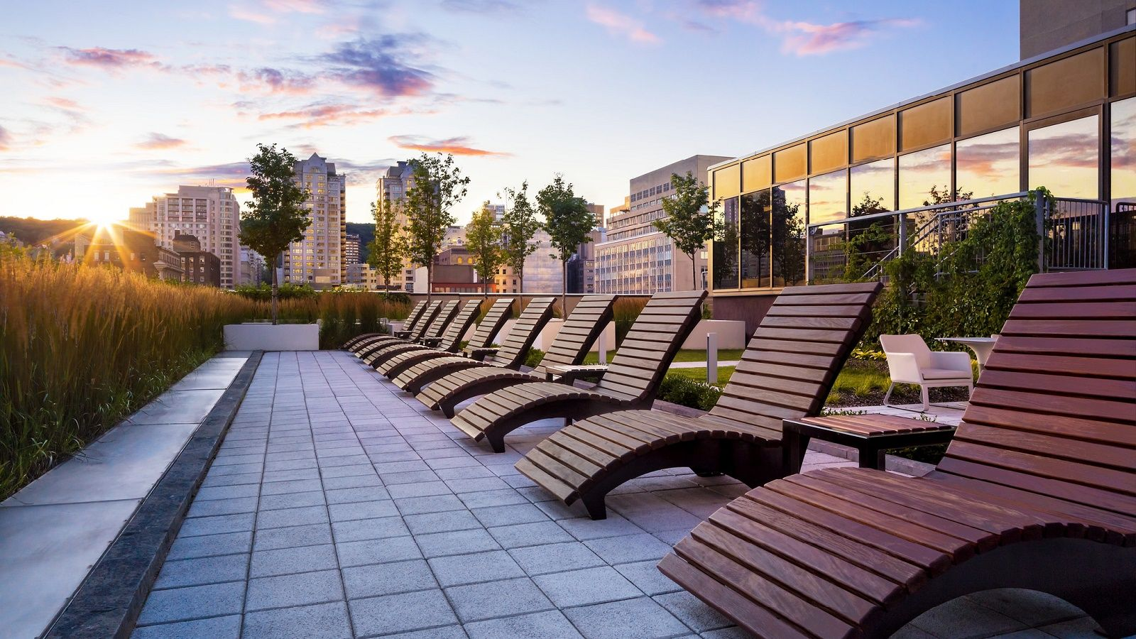 Terrace at Le Centre Sheraton Montreal